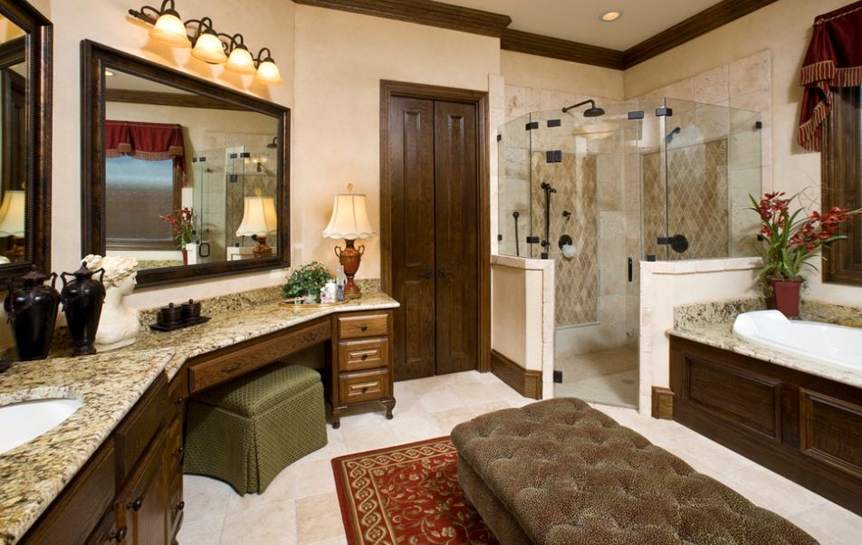 Corner shower configurations that make use of dead spaces for Bathroom configurations