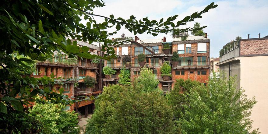 urban-treehouse-inside-view