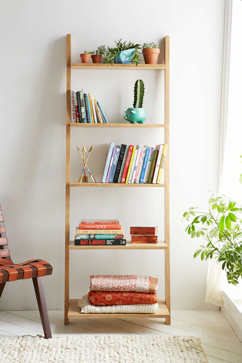 Leaning Bookshelf Design Possibilities – Casual With A Hint Of Originality