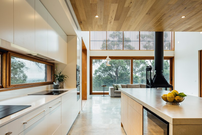 Ballarat-family-home-kitchen2