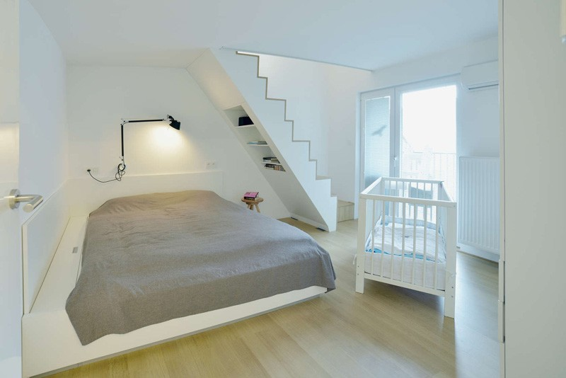Bratislava-attic-apartment-bedroom-with-staircase