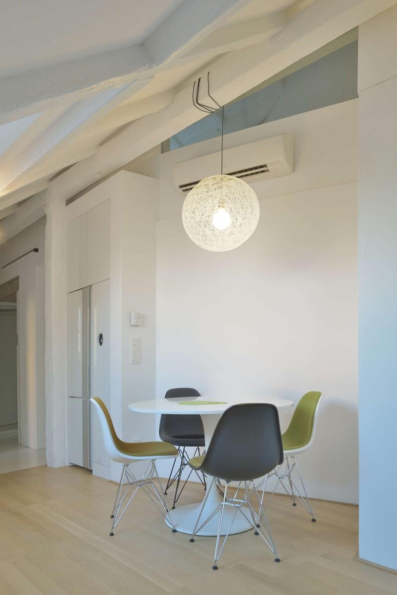 Bratislava-attic-apartment-dining-nook