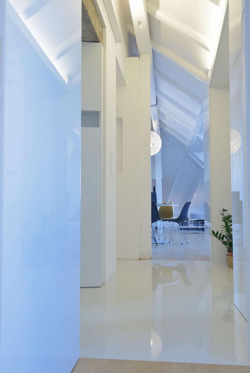 Bratislava-attic-apartment-hallway