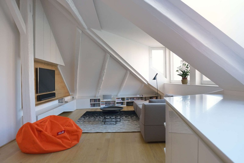 Bratislava-attic-apartment-living-area2