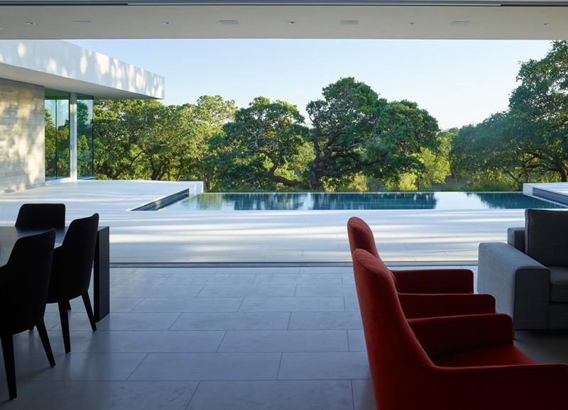 -California-vineyard-house-living-area-terrace