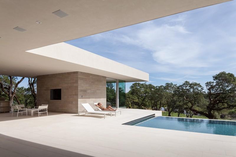 -California-vineyard-house-pool-terrace