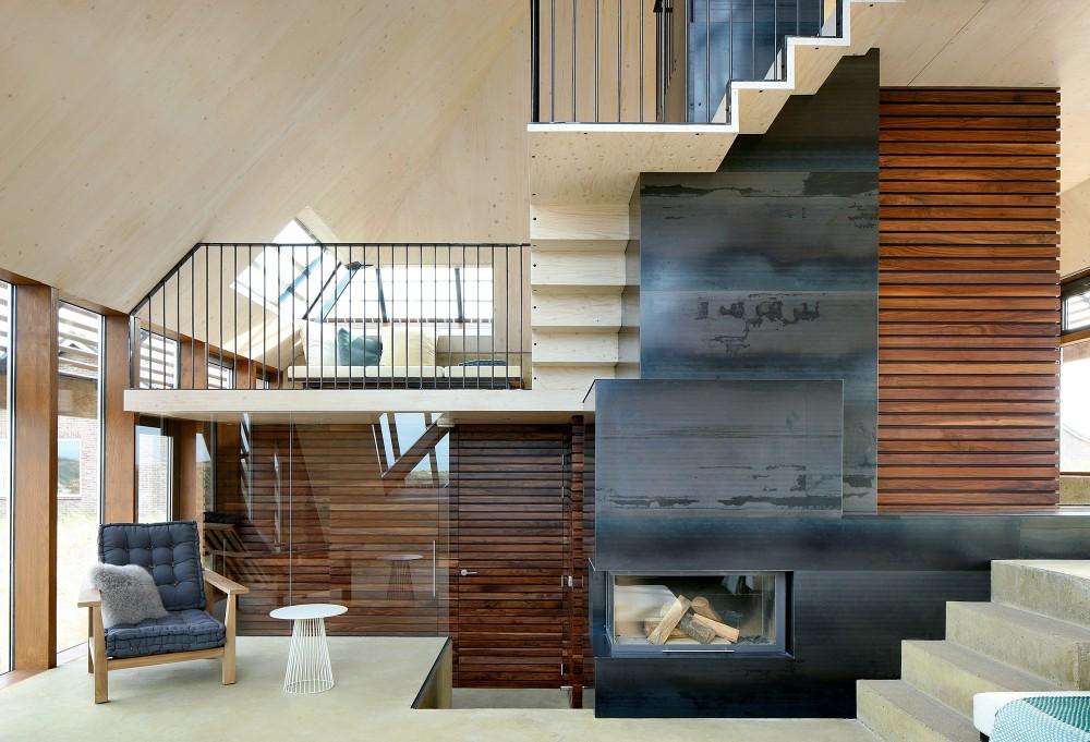 Dune-house-fireplace