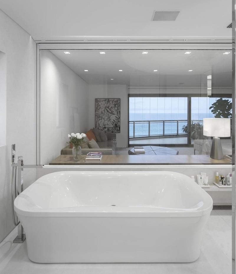 Rio-apartment-bathroom