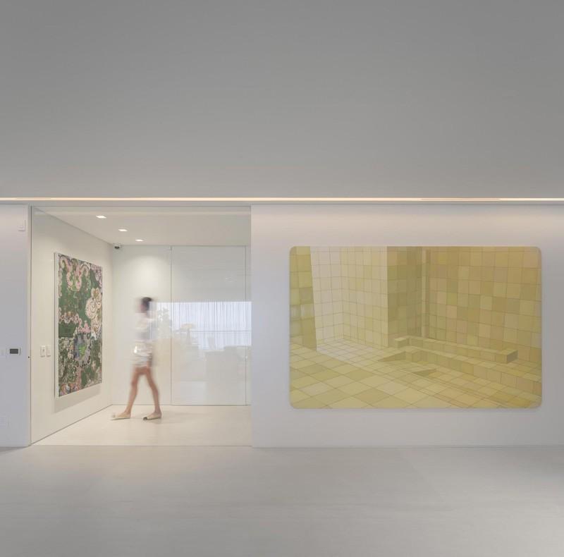 Rio-apartment-hallway-gallery