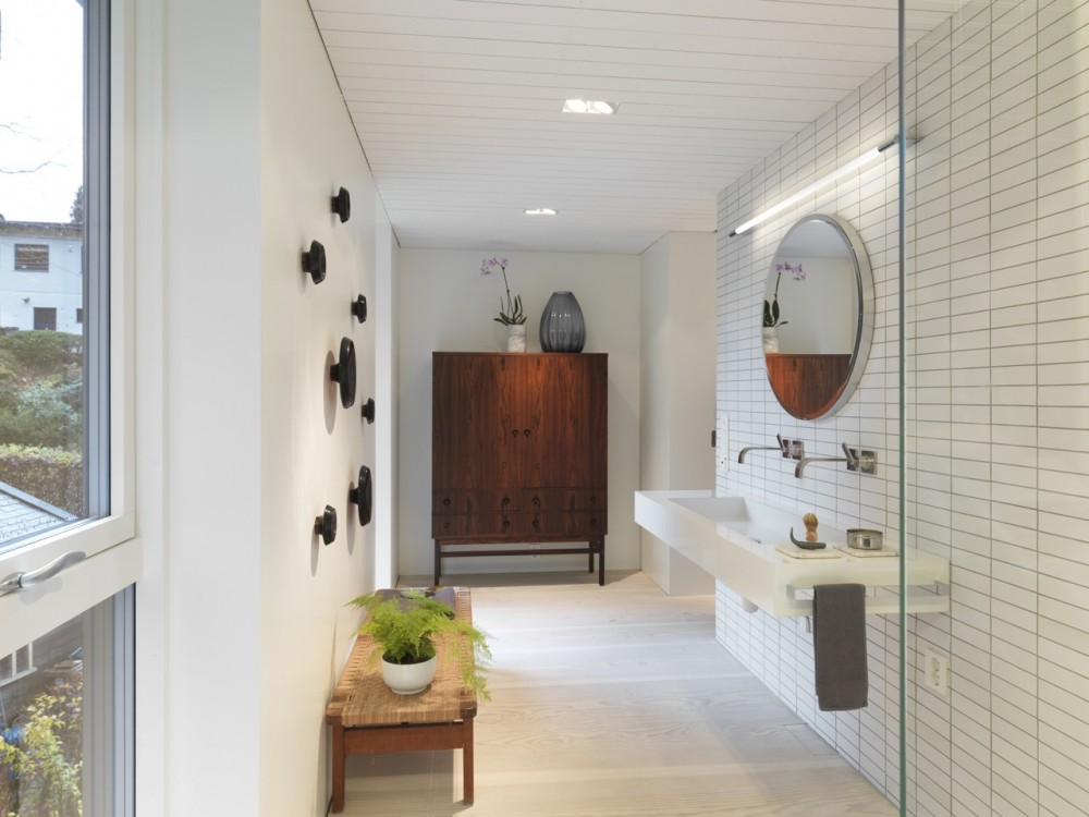 Saunders-residence-bathroom1