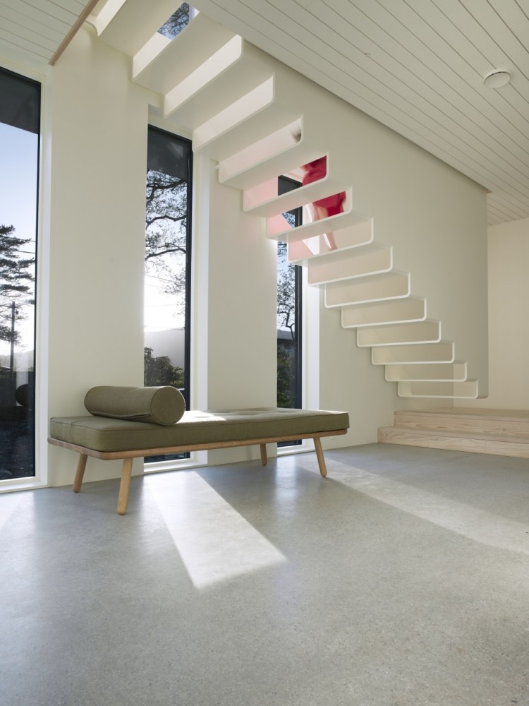 Saunders-residence-staircase