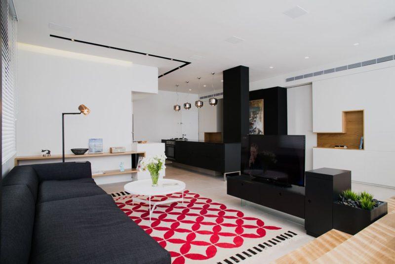Sculptural Tel-Aviv Apartment Redesigned With Custom Furniture