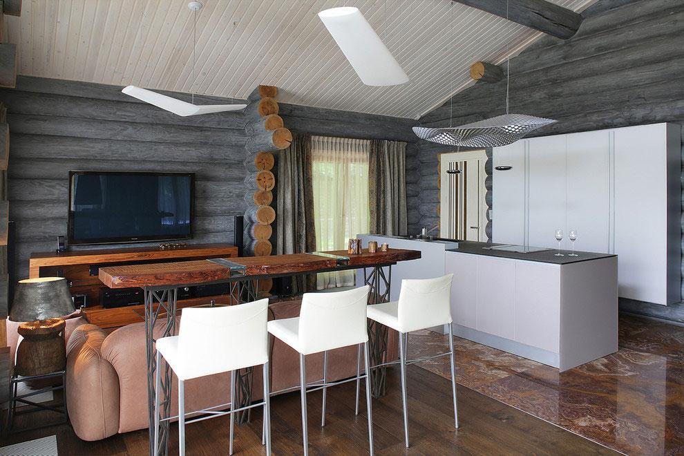 Wooden-Cottage-bar