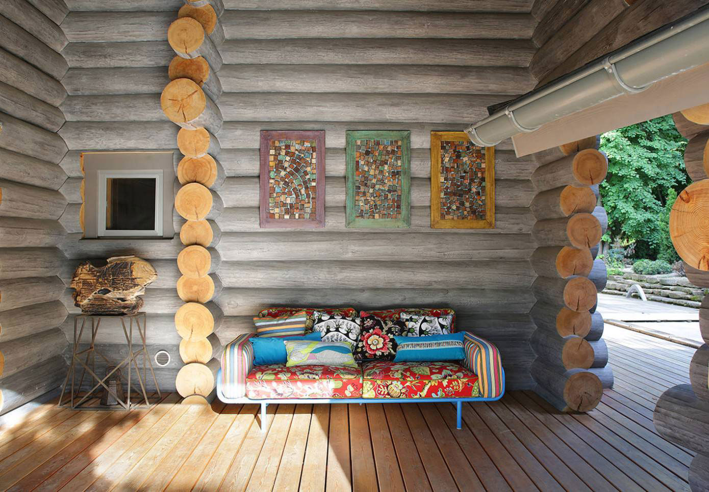 Wooden-Cottage-outdoor-lounge-area2