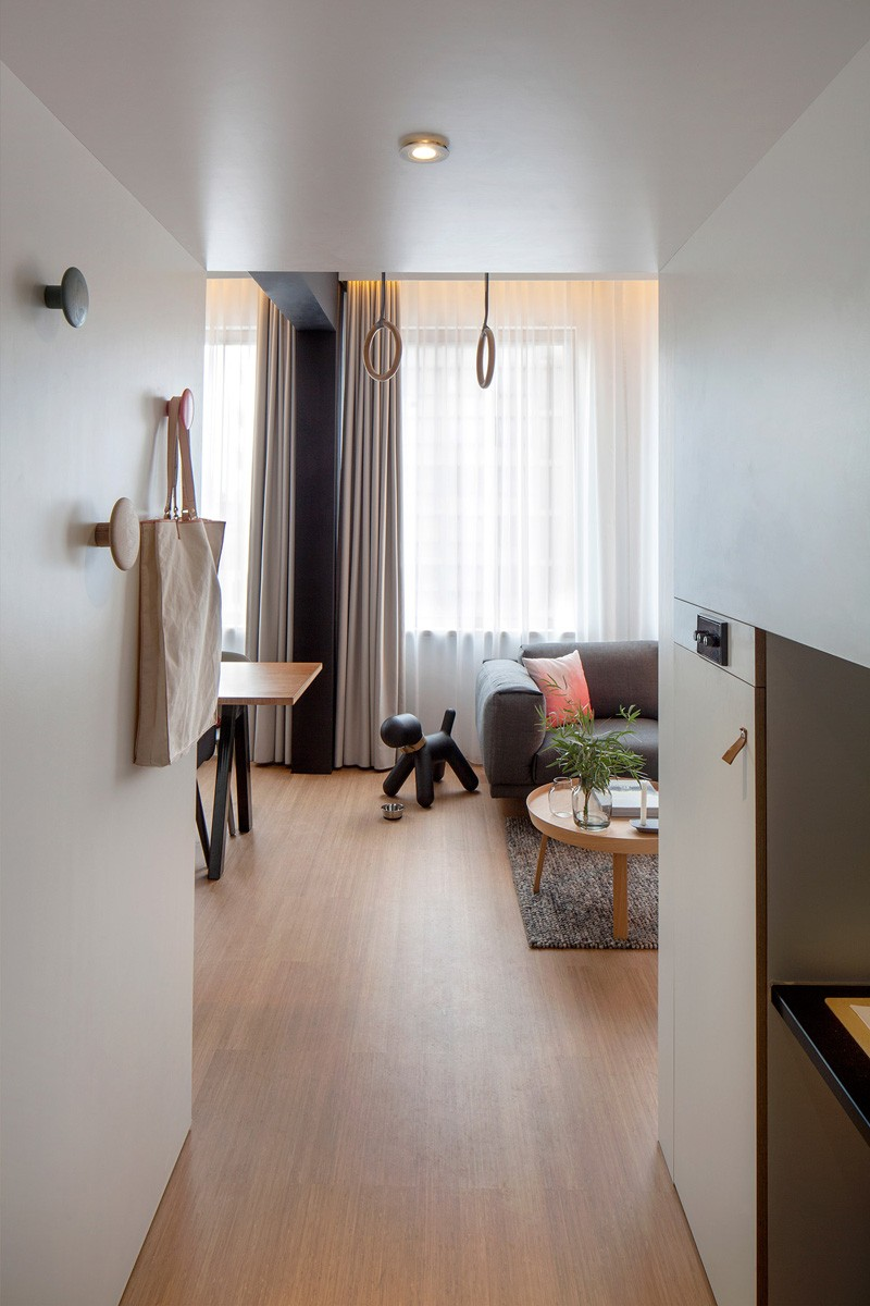 ZOKU-loft-entrance-hallway