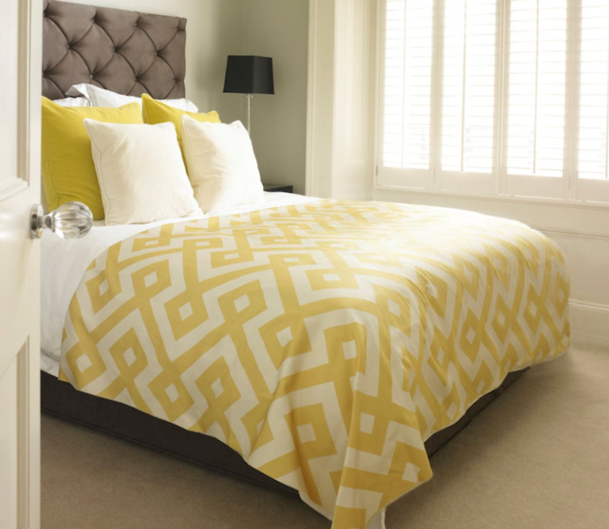 Cream And Yellow Queen Bedding Sets