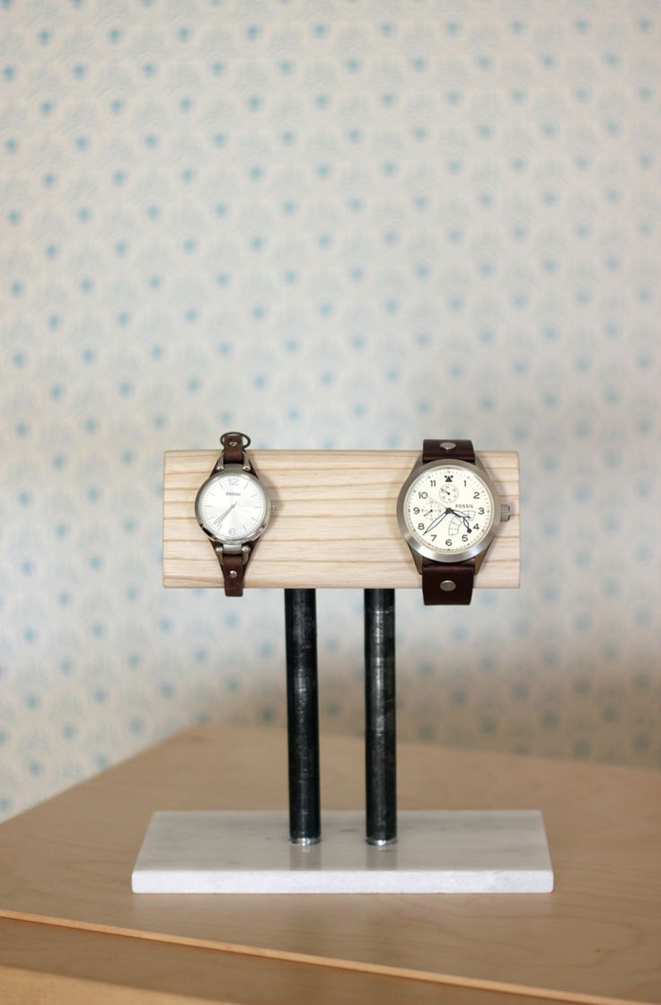 bedroom watch stand