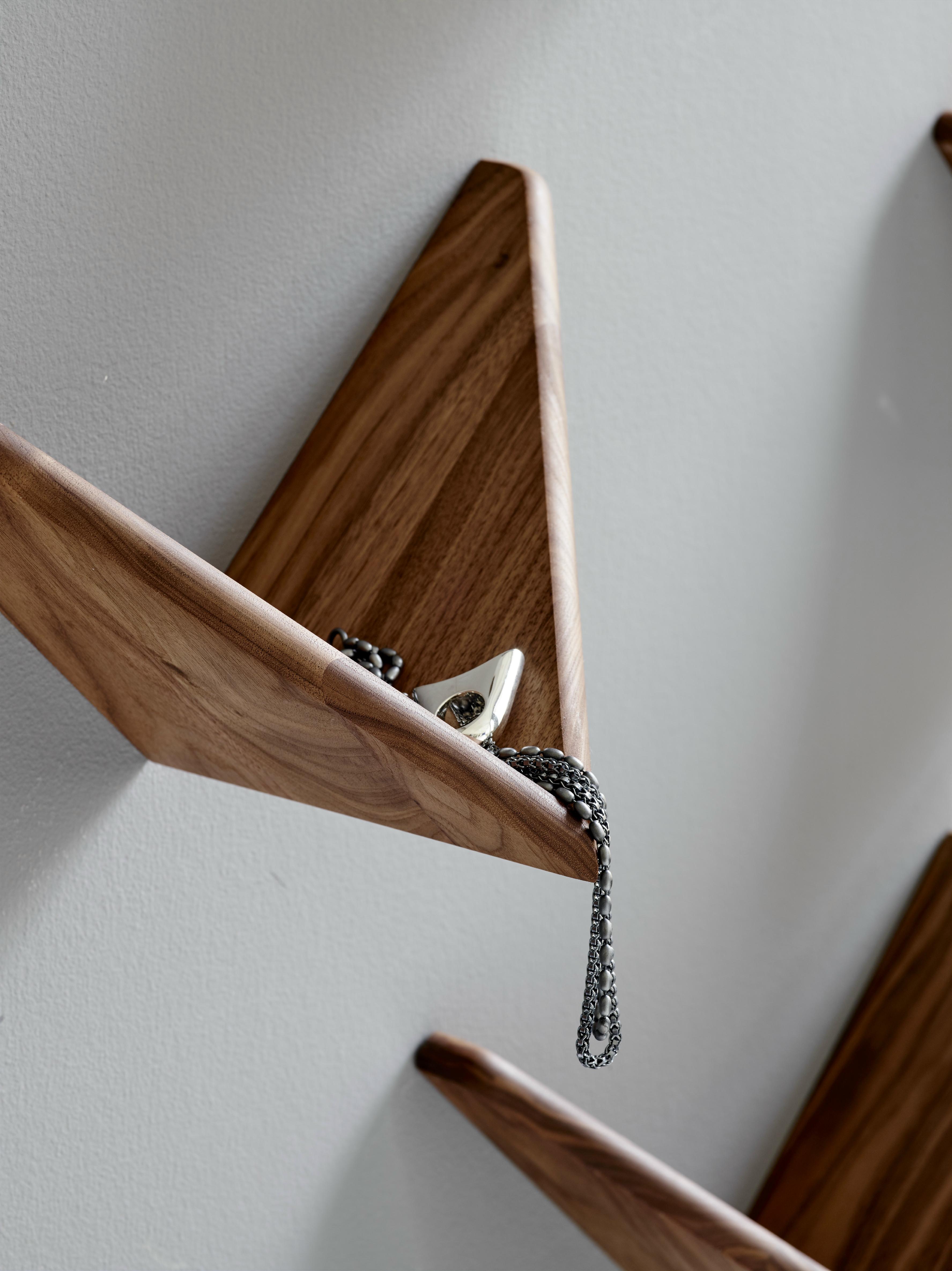 butterfly-shelf-entrance2