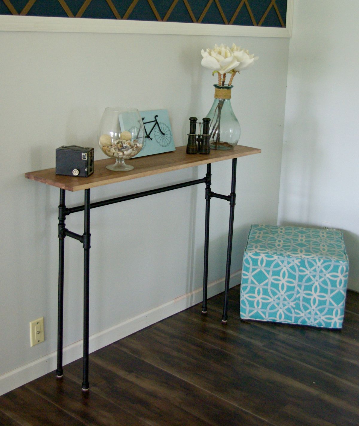 How to build a rustic table using galvanized pipes for 24 wide console table