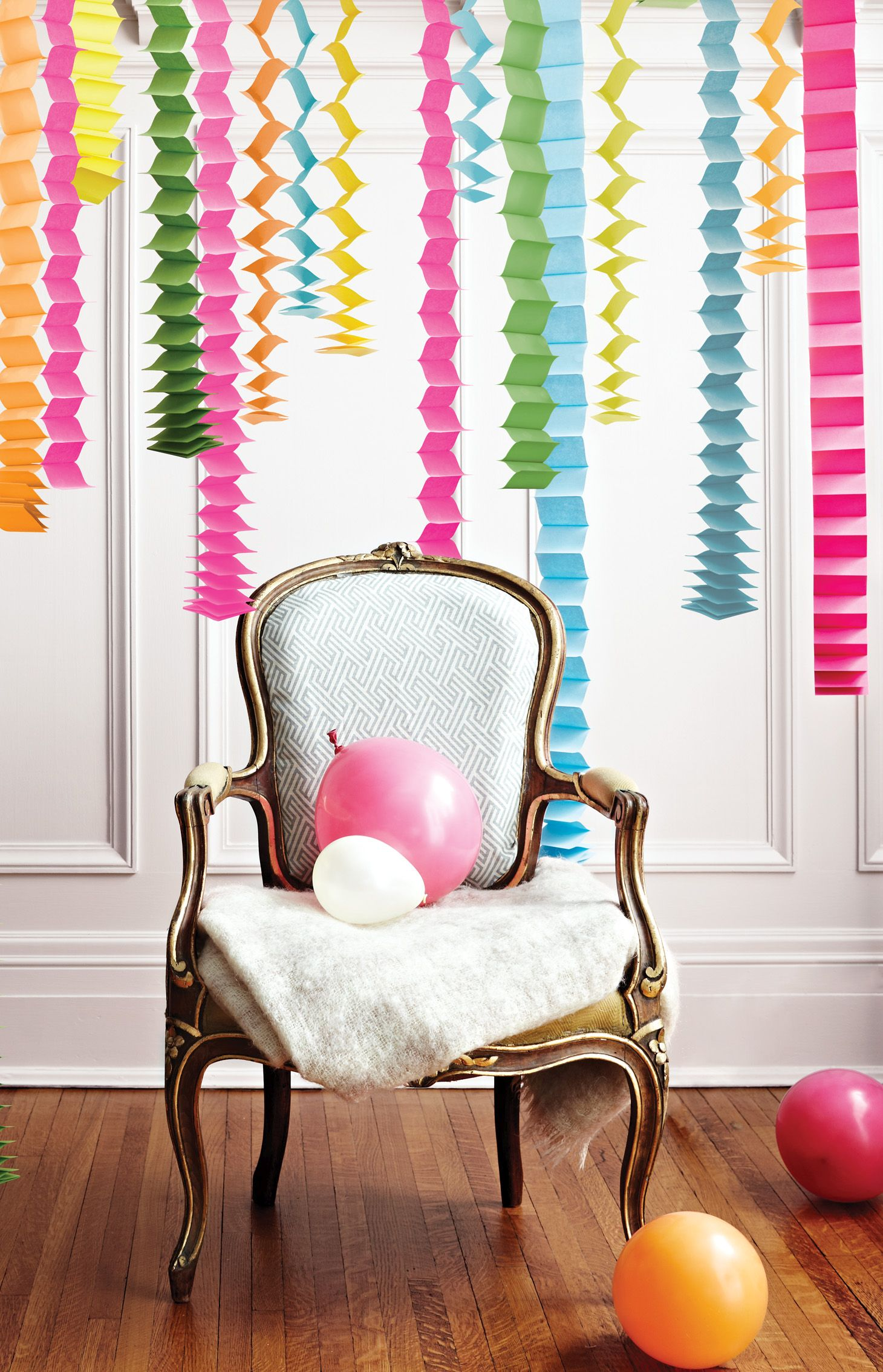 Creating a housewarming party with diy decorations for Party decorations to make at home