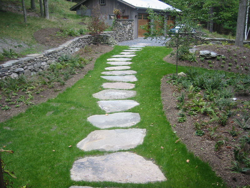 Gorgeous stone walkways to add your home - Easy ways of adding color to your home without overspending ...