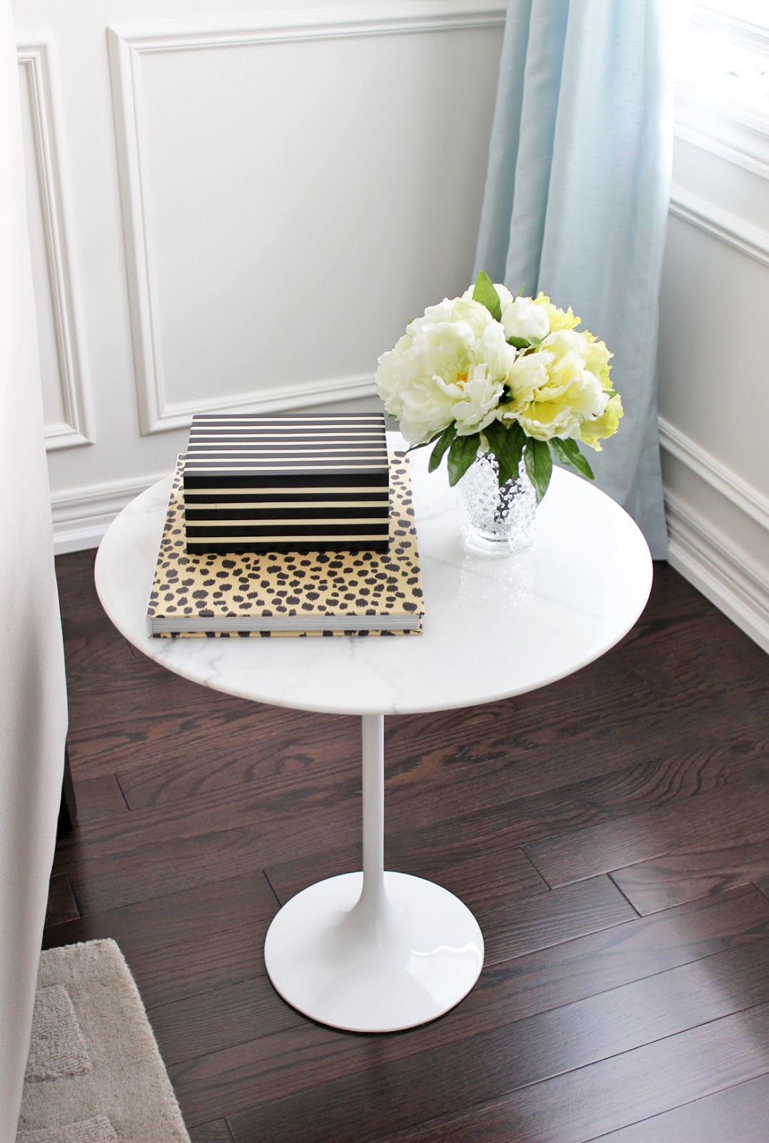 Delicieux Different Ways To Style An End Table