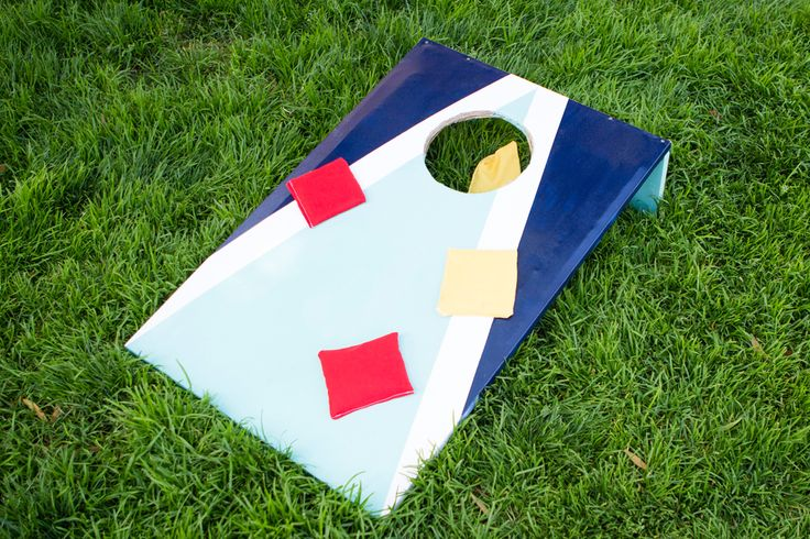 outdoor cornhole