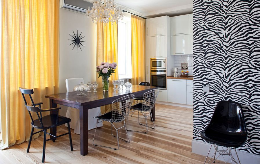 Use Yellow Curtains On White Walls View In Gallery