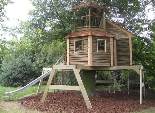 Hanging Tree House Designs