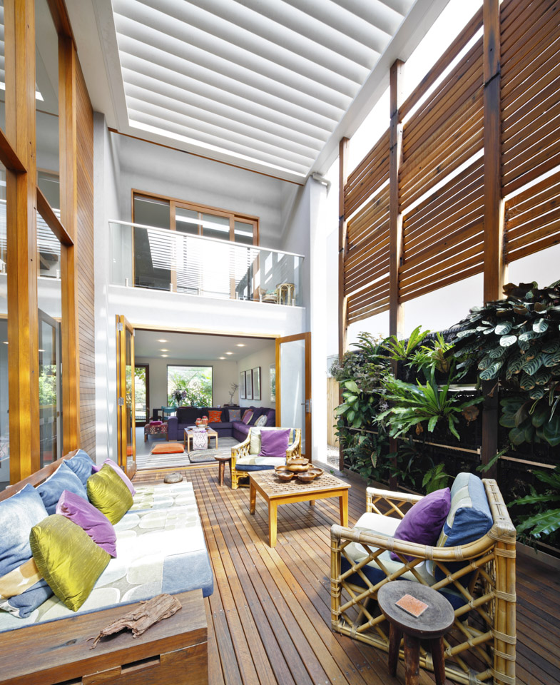 Eco Home Design Ideas: A Lush Sydney Eco House Built Around A Living Courtyard