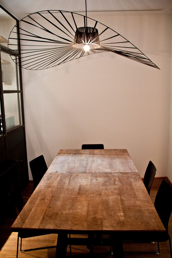 Navigly-Milan-apartment-renovation-dining-area-pendant