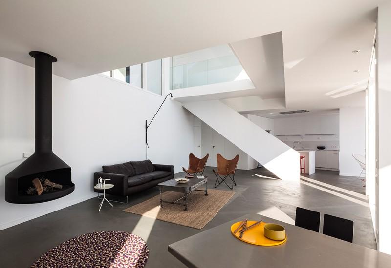 Sunflower-House-main-living-area