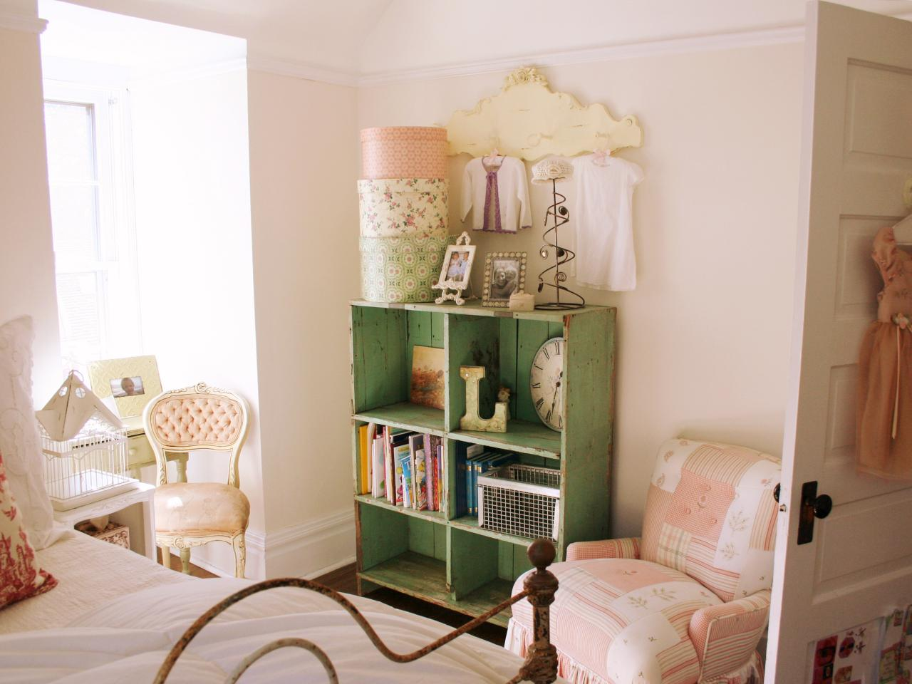 Boutique Girls Bedroom Storage