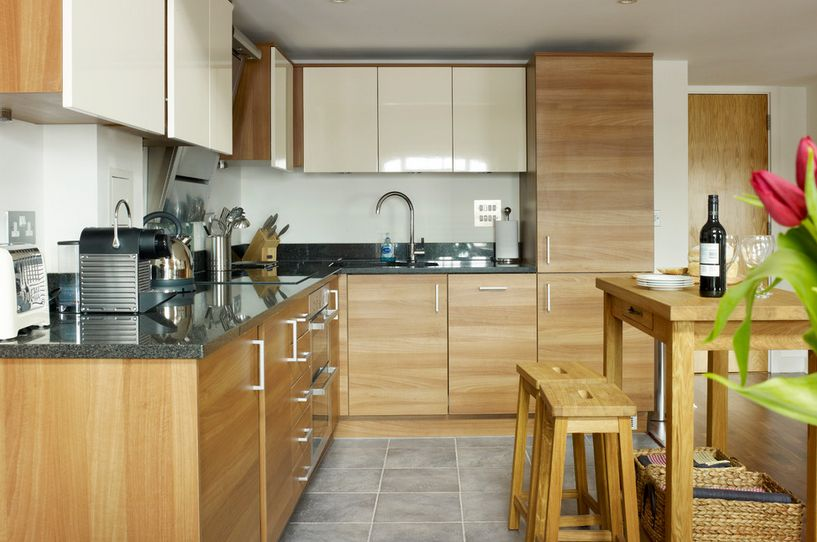 Charming 20 Kitchens With Stylish, Two Tone Cabinets