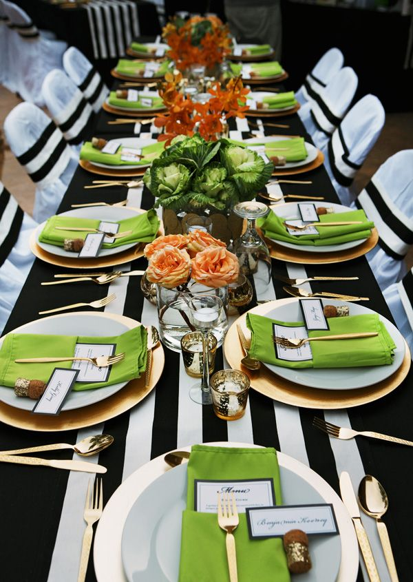 decorate-with-stripes-table-for-party