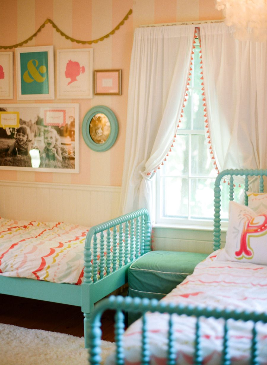 20 whimsical toddler bedrooms for little girls for Little kids room