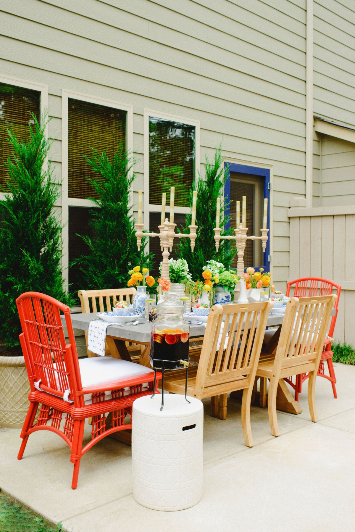 Perfect Entertaining Outdoors Design