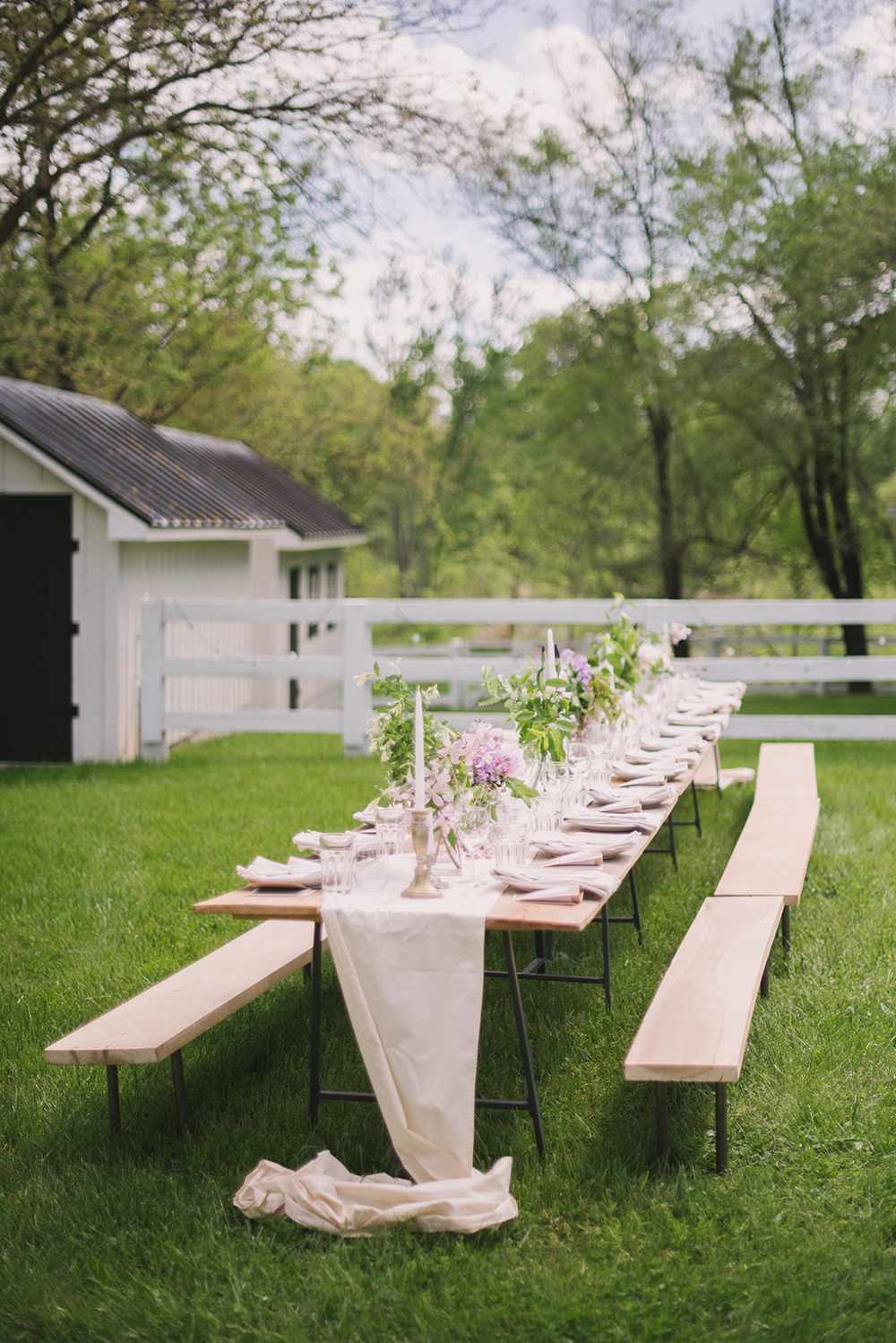 farm-outdoor-party-large-benches