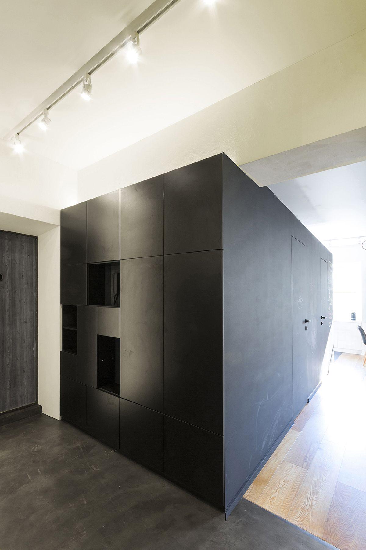 flexible-ruetemple-apartment-compact-black-block