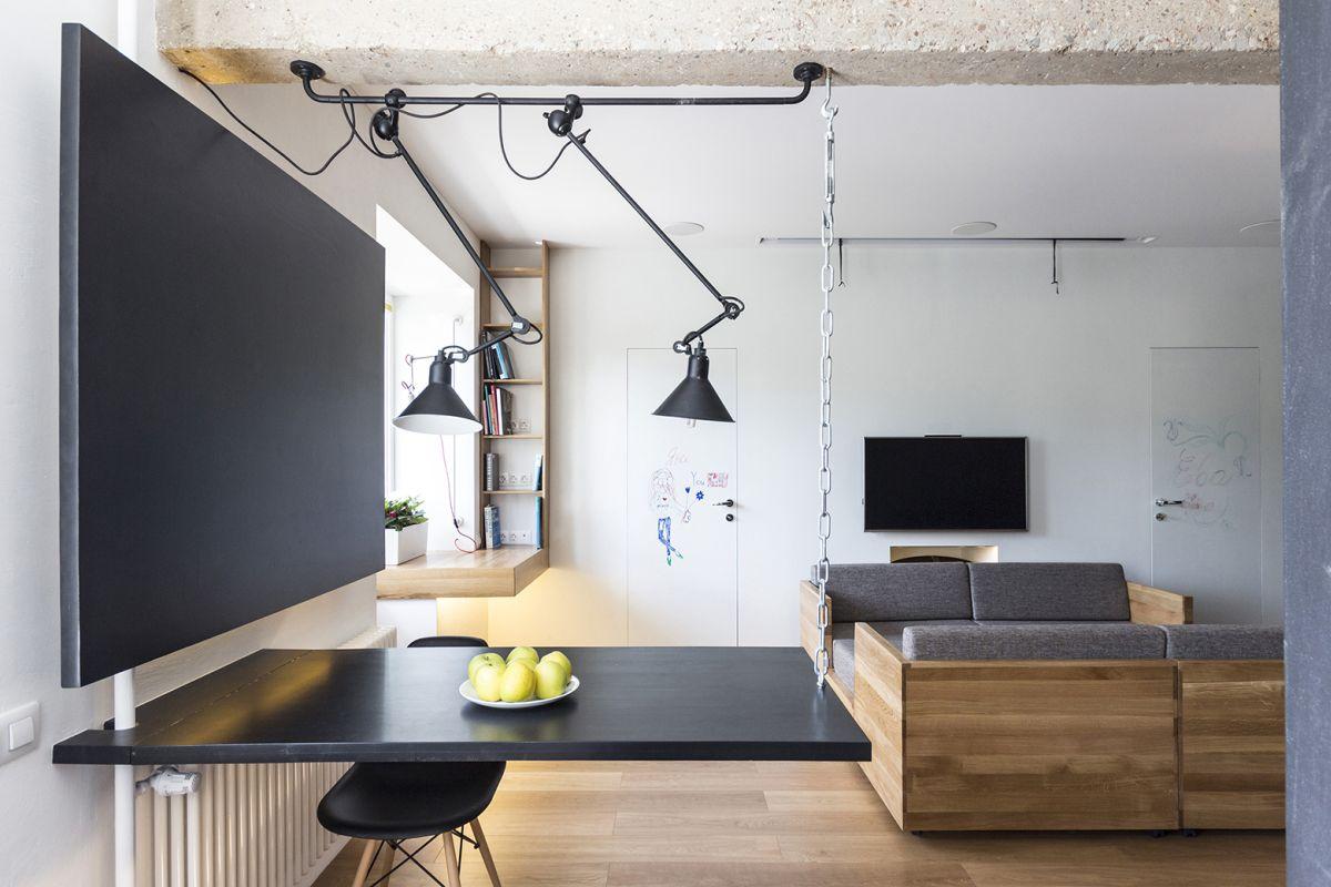 flexible-ruetemple-apartment-table-closeup