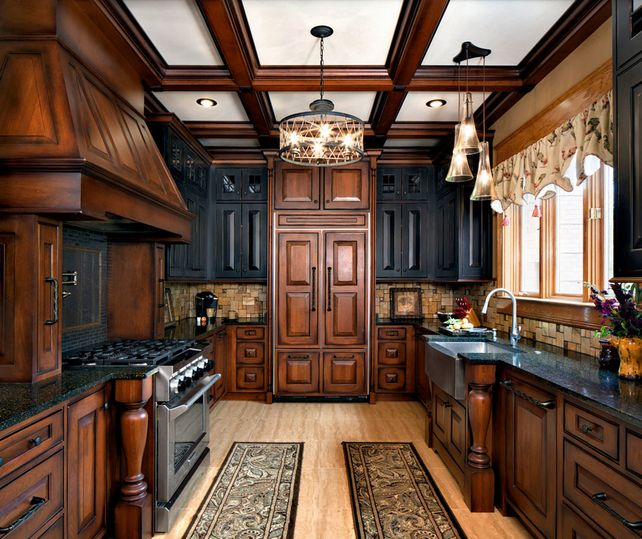 Brown Oak Kitchen Cabinets: 20 Kitchens With Stylish, Two-Tone Cabinets