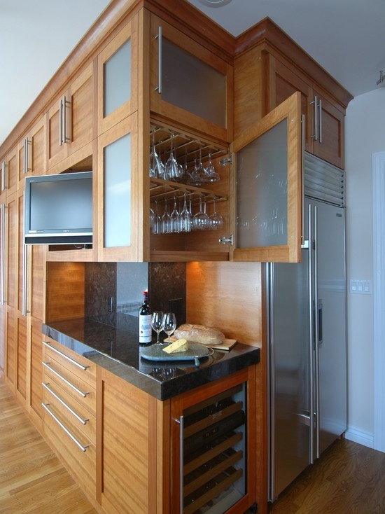 glass-wine-holder-inside-the-cabinet