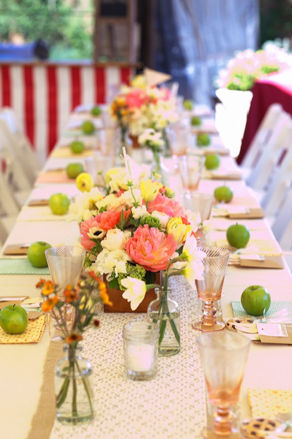 green-apple-table-decorations-for-party