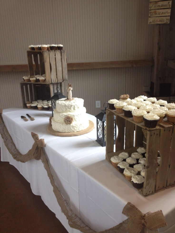 wedding cake table decorations rustic say i do to these fab 51 rustic wedding decorations 26184