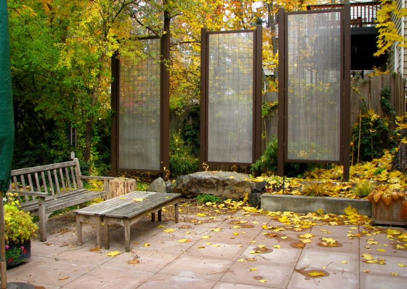 How to customize your outdoor areas with privacy screens for Tall outdoor privacy screen panels