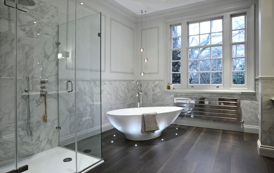 Luxury Bathroom Design With Let Lights For Freestanding