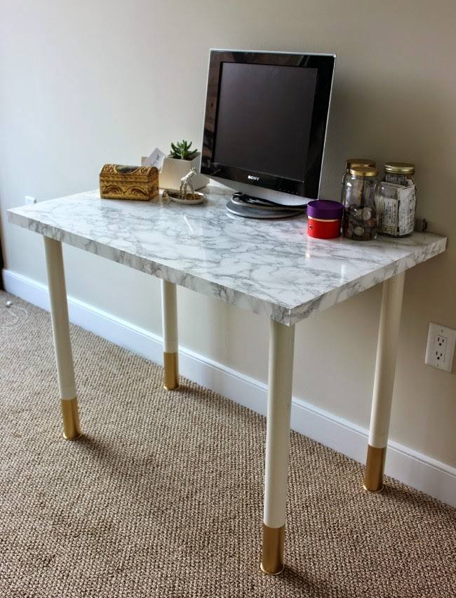 How to have fun with marble contact paper Table plan de travail