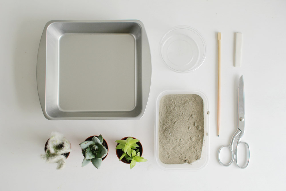 materials-for-a-minimalist-concrete-planter
