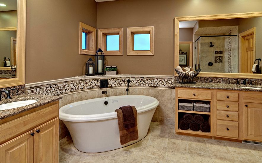 more-bathroom-space-by-placing-tub-in-corner