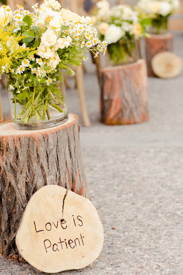 wooden wedding decor say i do to these fab 51 rustic wedding decorations 1489
